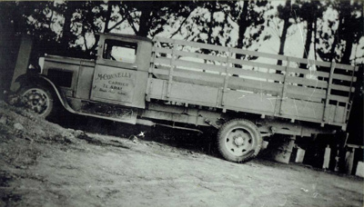 M Connelly's Truck.; 16-191