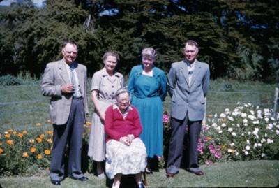 Wharfe Family; 18-77