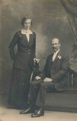 Frederick Arthur and Kate Lottie Wharfe; 17-23
