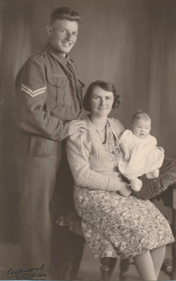 Rashleigh Family, Kaiwaka 1942; 18-161