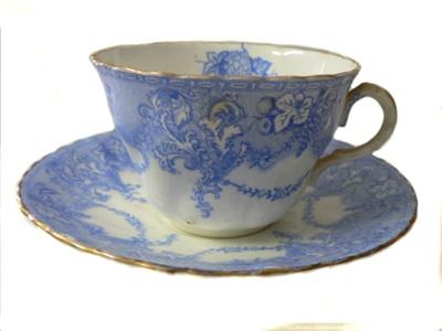 Teacup set x 4; 162