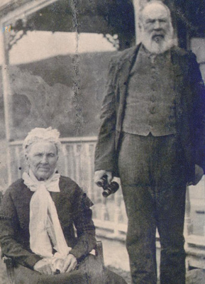 Margaret and Angus Stewart; 20-118