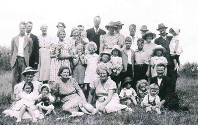 Browne Family Group; 19-136