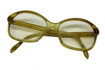 Spectacles; 17-202