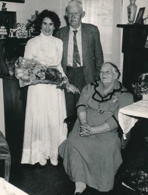 Balderston Family; 18-20