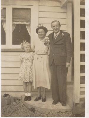 Edna and Noel Langdon; 18-162