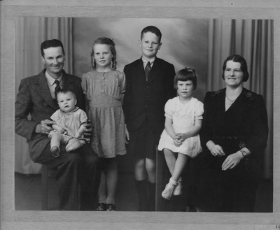 Browne Family; 19-115