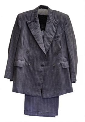 17-54 Suit