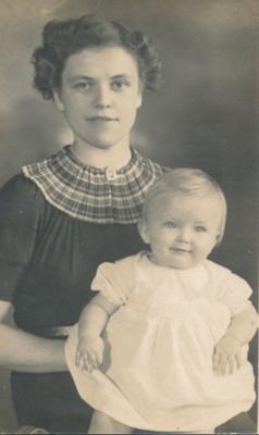 Josephine and Jane Worsfold ; 16-313