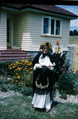 Ruth Wharfe; 18-80