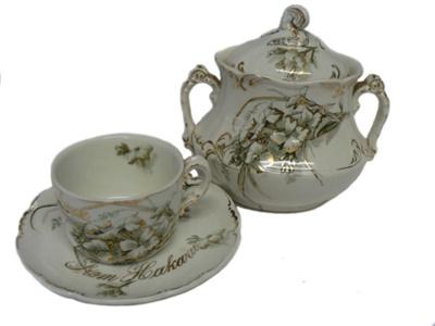 Tea Set ; 140
