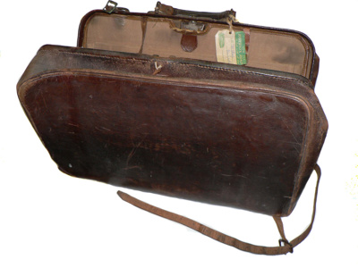 Gladstone Bag;  82