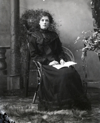 Female in mourning dress; 605