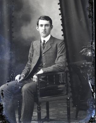 Male portrait; 39