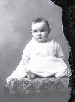 Baby portrait; 636