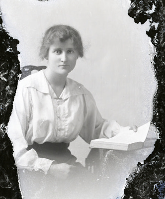 Female portrait; 766