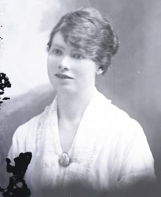 Female portrait; 736