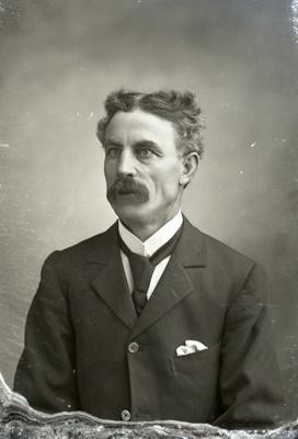 Male portrait; 102