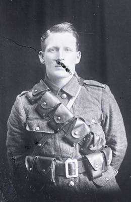 World War One soldier; 731