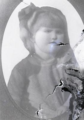 Girl portrait; 448