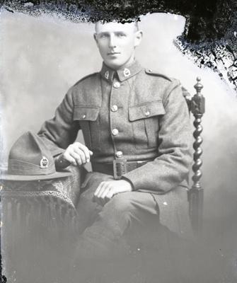 World War One soldier; 531
