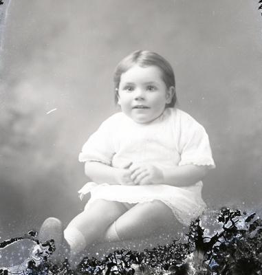 Child portrait; 251