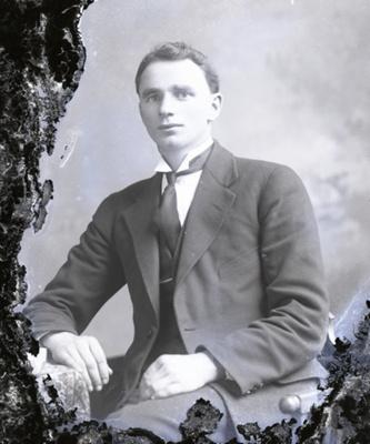 Male portrait; 212