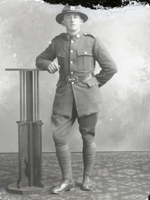 World War One soldier; 533