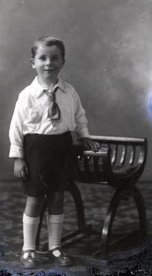 Boy portrait; 622