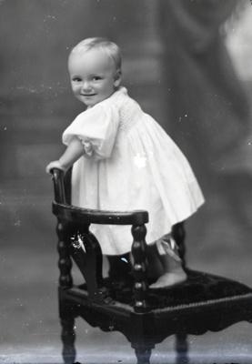 Child portrait; 19