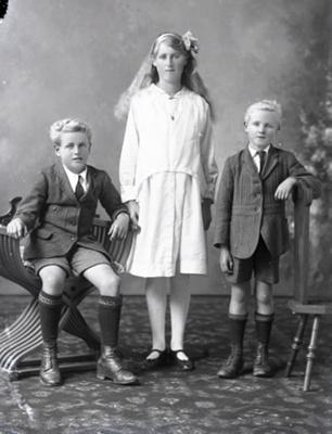 Three children; 174