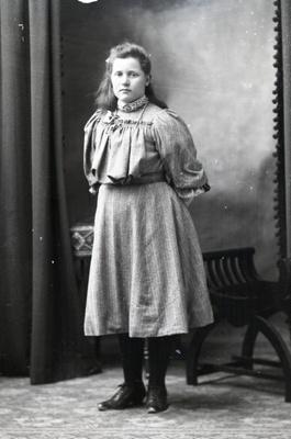 Girl portrait; 601