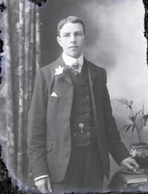 Male portrait; 31