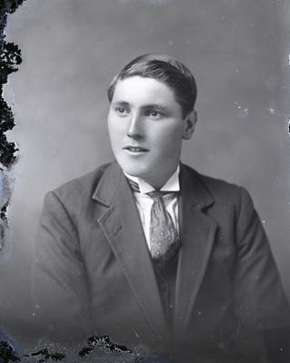 Male portrait; 284