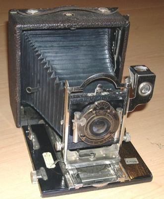 Camera [Pony Premo No.9]; Eastman Kodak Company (United States of America, estab. 1878); 1978.793