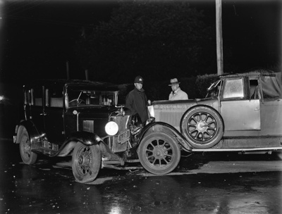 An automobile collision; Unidentified; 1930s; 13-2021