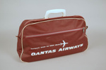 Airline Bag [Qantas Airways]; Qantas Empire Airways Limited (Australia, estab. 1920), Duffy Electronics Private Limited (Australia, estab. Circa 1947); 2012.340