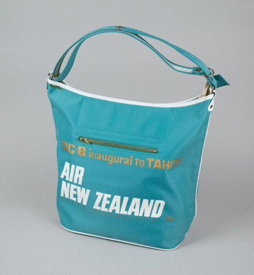 Airline Bag [Air New Zealand]; Air New Zealand Limited (New Zealand, estab. 1965); 1967; 2001.92