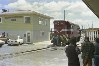 Photograph of locomotive DA 748; Les Downey; 1985?; 14-4598