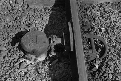 Photograph of railbed mechanism; Les Downey; 1972-1976; 14-1019
