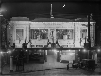 Buildings decorated for the King George V Silver Jubilee Celebration; Unidentified; 1935; 13-2030