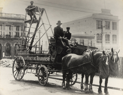 [Auckland Electric Tramways Co. Ltd horse-drawn tower wagon]; Unknown Photographer; [1902-1920]; PHO-2017-5.1