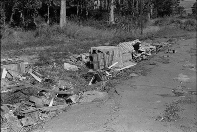 Photograph of remains of Paparoa station; Les Downey; 1972-1976; 14-1016