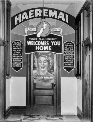 Amalgamated Theatres Ltd.; Unidentified; 1930s; 13-2197