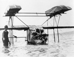 New Zealand Flying School, Caudron flying boat overturned at Kohimarama 31 August 1916; Unidentified; 10-0985