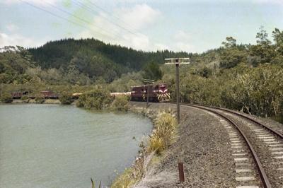 Photograph of DA locomotives on Opua line; Les Downey; 1985?; 14-4652