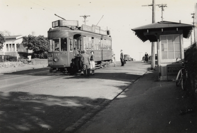 [Tram no. 246 on Sandringham road]; Unknown Photographer; 11 Jul 1954; PHO-2017-5.23