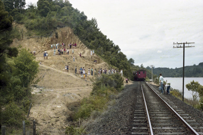 Photograph of excursion photographers on Opua line; Les Downey; 1985?; 14-4636