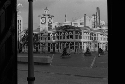 Photograph of Christchurch Central Post Office; Les Downey; 1972-1976; 14-3487
