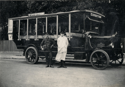 Early open-sided bus, No.6; 08/092/069